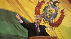 El vicepresidente boliviano, Álvaro García, aseguró este sábado que las maniobras militares que realizará Chile cerca de sus fronteras no les intimidan, e insinuó que las acciones del país austral son una respuesta a los avances de Bolivia en el litigio por obtener una salida soberana al mar.