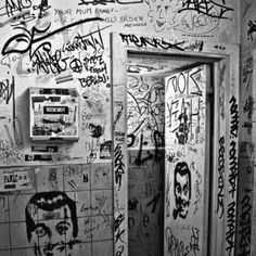 Walls need words!  #justbrands #street #art #graffiti #wall #words