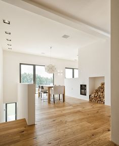 Residential building OS - Murnau - Gramming Rosenmüller Architects - Single-family house with separate apartment, Murnau, 2012 More You are in the right place about acce - Detached House, Home Living Room, Interior Design Living Room, Home Fashion, Interior Architecture, Sweet Home, New Homes, House Styles, Home Decor