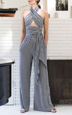 Brilliant 170+ Tailored Dresses Idea https://fazhion.co/2017/04/02/170-tailored-dresses-idea/ In this Article You will find many Tailored Dress inspiration and Ideas. Hopefully these will give you some good ideas also.
