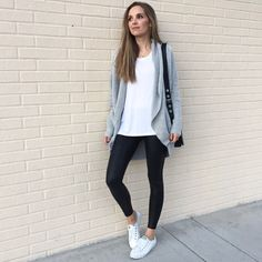sport chic, casual summer outfits, black s Legging Outfits, Leggings Fashion, Outfit Jeans, Leggings Outfit Summer Casual, White Leggings Outfit, Mode Outfits, Casual Outfits, Fashion Outfits, Womens Fashion