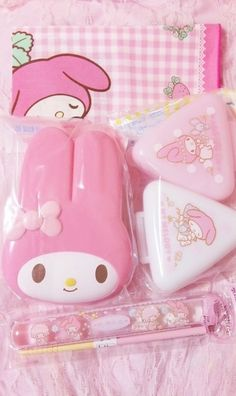 My Melody lunch boxes and onigiri boxes!