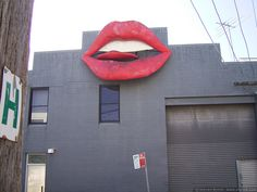 Building lips by sbyrnedotcom, via Flickr