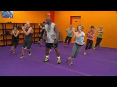 Join Grand Master Billy Blanks for a Tae Bo® Advanced workout! Start your fitness journey TODAY. For all of your Tae Bo® nee. Hiit, Kickboxing Workout, Body Combat, Zumba, Tae Bo Workout, Free Workout, Po Trainer, Youtube Workout, Sport Fitness