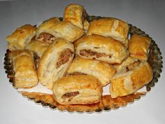 Pateuri cu ciuperci - imagine 1 mare Spanakopita, Apple Pie, Food And Drink, Gem, Pizza, Bread, Snacks, Breakfast, Ethnic Recipes