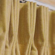 #gordijnen #dubbele plooi #curtains http://www.ahouseofhappiness.com/nl/mogelijkheden-gordijnen
