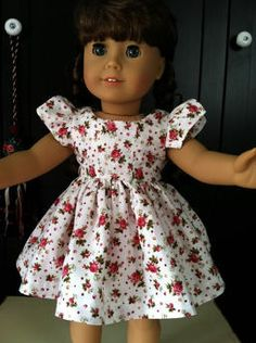 American Girl Dolls : Image : Description Garden Party Dress made from Renee Adams's JULIETTE pattern. Find the pattern at Dollhouse Designs. American Girl Outfits, American Doll Clothes, American Dolls, Sewing Doll Clothes, Girl Doll Clothes, Girl Dolls, Dolls Dolls, Barbie Clothes, Pixie