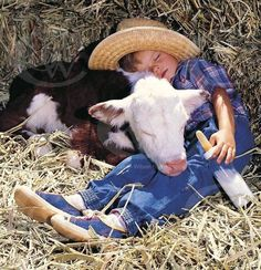 Boy and cow Animals For Kids, Cute Baby Animals, Animals And Pets, Funny Animals, Beautiful Children, Animals Beautiful, Beautiful Babies, Simply Beautiful, Animal Pictures