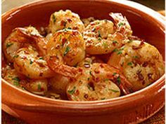 garlic shrimp recipes This Spanish Garlic Shrimp recipe is a favorite tapas dish from Spains Andalucia region. Its destined to become your go-to shrimp in garlic dish--seasoned wi Tapas Recipes, Shrimp Recipes, Cooking Recipes, Healthy Recipes, Spanish Recipes, Garlic Recipes, Spanish Food, Easy Recipes, Dinner Recipes