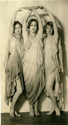 Duncan Dancers, Anna, Liza and and Margo c.1924