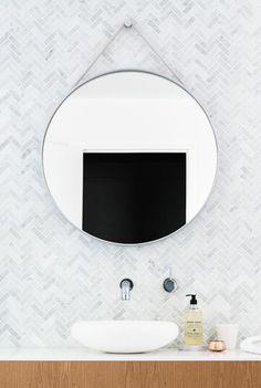 Bath Room Tiles Herringbone Round Mirrors 70 New Ideas Bathroom Renos, Laundry In Bathroom, Bathroom Interior, Bathroom Marble, Mosaic Bathroom, Mirror Bathroom, Small Bathroom, Master Bathroom, Bad Inspiration