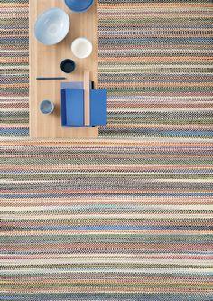 Indus gulvteppe fra Linie Design i ull - Verket Interiør Nordic Living, Nordic Design, Danish Design, Handmade Rugs, Teak, Hand Weaving, Outdoor Blanket, Industrial, House Design