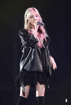 By 꽃숑 , 트위터 @ohcori :: 151230 KBS 가요대축제 소녀시대 태연,티파니