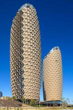 Al Bahr Towers. Abu Dhabi Investment Council & Al Hilal Bank by Dena Flows /