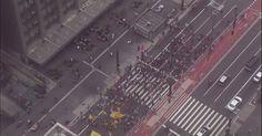 Grupos protestam contra a PEC do teto na Av. Paulista e na Praça da Sé