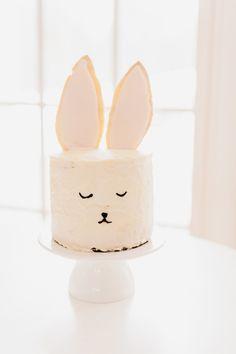 easter bunny cake...