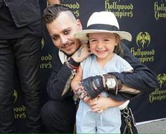 Awww tht is so cute and sweet!!love u johnny depp