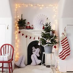 Buy Christmas > Christmas Decorations > Knitted Mitten Garland from The White Company