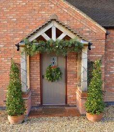Country Style: How To Choose The Perfect Front Door Colour For Red Brick . -Modern Country Style: How To Choose The Perfect Front Door Colour For Red Brick . Front Door Canopy, Front Door Porch, Front Door Entrance, House Front Door, Front Door Colors, House With Porch, Country Front Door, Doorway, Cottage Front Doors