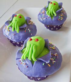 Bayou Renaissance Man: Cthulhu cupcakes!