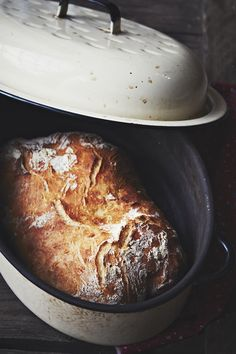 How have I NOT made the Sullivan Street bakery No-knead bread in my cast iron pot yet? How is that even possible?