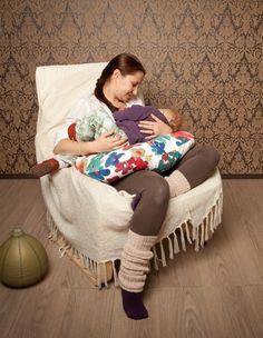 Perna de alaptat Milky Way Breastfeeding Pillow, Milky Way, Kids Fashion, Blanket, Mom, Children, Spring, Baby, Legs
