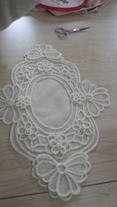 This Pin was discovered by Bah Hand Embroidery Patterns, Lace Patterns, Crochet Patterns, Couture Embroidery, Beaded Embroidery, Burlap Flowers, Fabric Flowers, Learning To Embroider, Romanian Lace
