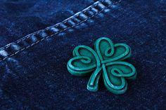 celtic brooch green knotwork brooch old stone irish shamrock