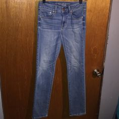AE super stretch sz 2 reg AE super stretch sz 2 reg American Eagle Outfitters Jeans Straight Leg