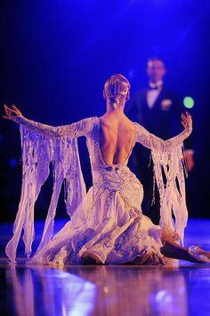 Arunas Bizokas and Katusha Demidova by Alexandre Vandystadt www.alexandrevandystadt.com (DanceSport Print photo Gallery).