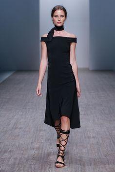 Daniel Avakian ready-to-wear spring/summer '15/'16 - Vogue Australia