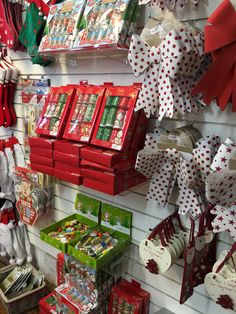 Christmas Display - Slatwall Display Perfect for displaying a wide range of retail products. Available for next day delivery - Slatwall panels - Slatwall shelves - Acrylic shelves - Slatwall chrome hooks - visit - www.shopfittingsuppliesoine.com #slatwall #slatwallaccessories #shopfittings