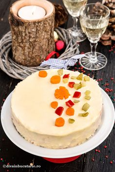 SALATE FESTIVE PENTRU SARBATORI | Diva in bucatarie Amazing Food Decoration, Camembert Cheese, Cheesecake, Food And Drink, Cooking Recipes, Desserts, Inspirational, Blue Prints, Tailgate Desserts