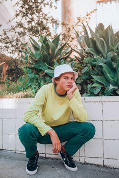 A Sidewalk talk with Young Aussie musician Ruel - C-Heads Magazine Dark Red Hair With Brown, Pretty People, Beautiful People, Nam June Paik, Hipster Hat, Vetement Fashion, Skater Boys, Comme Des Garcons, To My Future Husband
