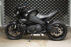 weiter gehts.... also der Klang des Sebring Twister bzw. dem baugleichen Remus ist ziemlich genial, auch wenn er ein wenig Leistung kostet... Buell Cafe Racer, Ducati, Yamaha, Buell Motorcycles, Honda, Sport Bikes, Custom Bikes, Toys For Boys, Motorbikes