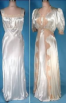 1930's Nightgown and Robe Peignoir