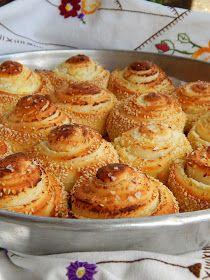 Bread Recipes, Baking Recipes, Cookie Recipes, Snack Recipes, Snacks, Kiflice Recipe, Breakfast Crockpot Recipes, Serbian Recipes, Bread Baking