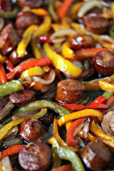 This sheet pan sausage and peppers recipe is simple to make yet full of flavour. It's perfect to eat on its own or pile it high on a hoagie bun. One pan, a few simple ingredients, and you have the perfect lunch or dinner recipe. Ketogenic Recipes, Keto Recipes, Cooking Recipes, Flour Recipes, Avocado Recipes, Yummy Recipes, Dessert Recipes, Healthy Dinner Recipes, Breakfast Recipes