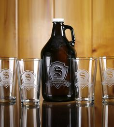 Custom Amber Growler & Pint Glass Set | Show your love of beer with this custom engraved growler. The ... | Food & Beverage Carriers