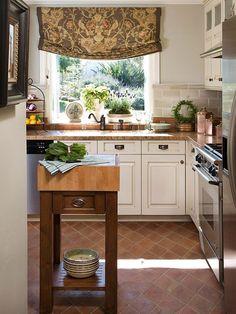 Small Kitchen Island Designs-32-1 Kindesign