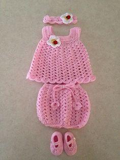 Ravelry: Fácil bebé patrón de vestido de Sun por Carol García