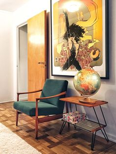 This retro apartment in Stockholm was sent to me by Jakob Westman. They recently got done refurbishing their apartment Apartment Furniture Layout, Apartment Interior, Cafe Interior, Interior Design, Retro Apartment, York Apartment, Art Deco Furniture, Retro Furniture, Furniture Movers