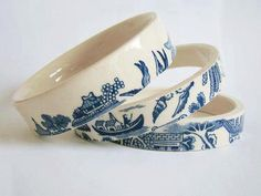 "how pretty and clever! - Lindsay Pemberton ""rescues"" vintage tea cups from secondhand stores and upcycles them into cute bangles. She even puts cups' handles and bottoms, which often sport makers' marks, to good use: They get. Vintage Upcycling, Upcycled Vintage, Repurposed, Bangles Making, Jewelry Making, Jewelry Dish, Jewelry Storage, Jewelry Accessories, Jewelry Design"