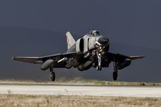 TuAF F-4E Phantom II