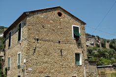Bordighera (IM), Vallone del Borghetto (sullo sfondo Borghetto San Nicolò)