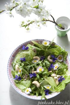 Salad with daisies, violets and weeds