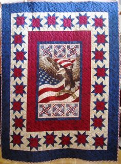 Becky's quilt obsession: Panel quilt guild challenge. have this panel too