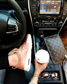 2019 LV Trends For Women Style,New Louis Vuitton Handbags Collection New Louis Vuitton Handbags, Hermes Handbags, Louis Vuitton Key Pouch, Fashion Handbags, Preppy Car, 2017 Toyota Camry, Style Feminin, Cute Car Accessories, Girly Car