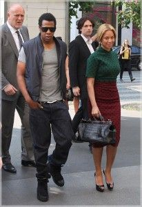 Beyonce and Jay Z Fired Bodyguard After He Solicited a Prostitute While On Duty - Bringing the gist closer to you