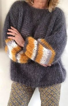Sweater Knitting Patterns, Knit Patterns, Baby Knitting, Mohair Sweater, Warm Sweaters, Shirts & Tops, Casual Shirts, Mode Outfits, Pulls